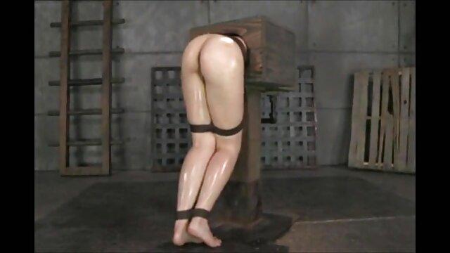 رافائل با دو خروس خودش را دانلودفیلم سوپرآمریکایی در پورنو غوطه ور می کند