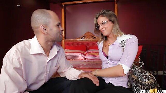 لورن فیلیپس - MILF قرمز موی زرق و برق دار یک دیک را دانلودفیلم سکسی بدون فیلتر دوست دارد