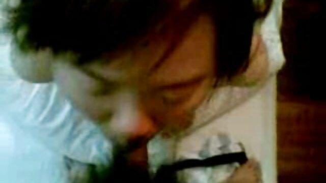 دوست پسر من برای دانلودفیلم سوپرکوتاه من لیس زد